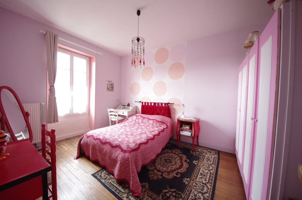 Appartement à vendre 3 64m2 à Saintes vignette-5