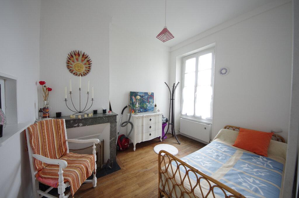Appartement à vendre 3 64m2 à Saintes vignette-6