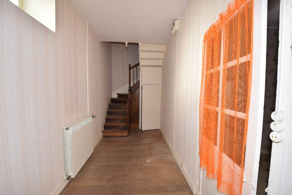 Maison à vendre 4 120m2 à Burie vignette-5