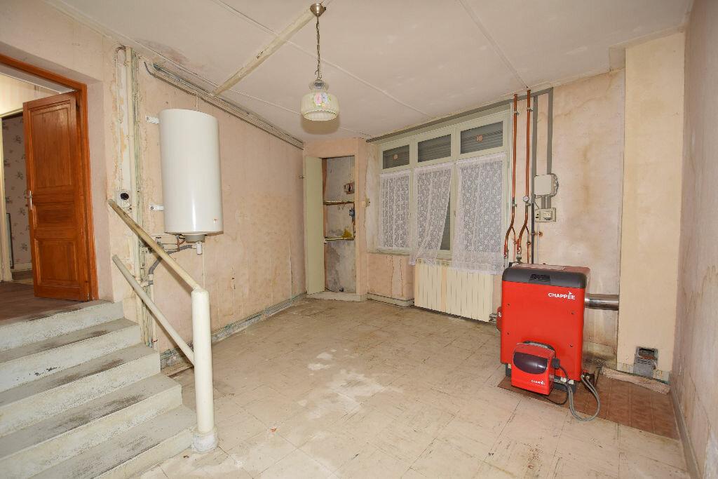 Maison à vendre 4 120m2 à Burie vignette-8