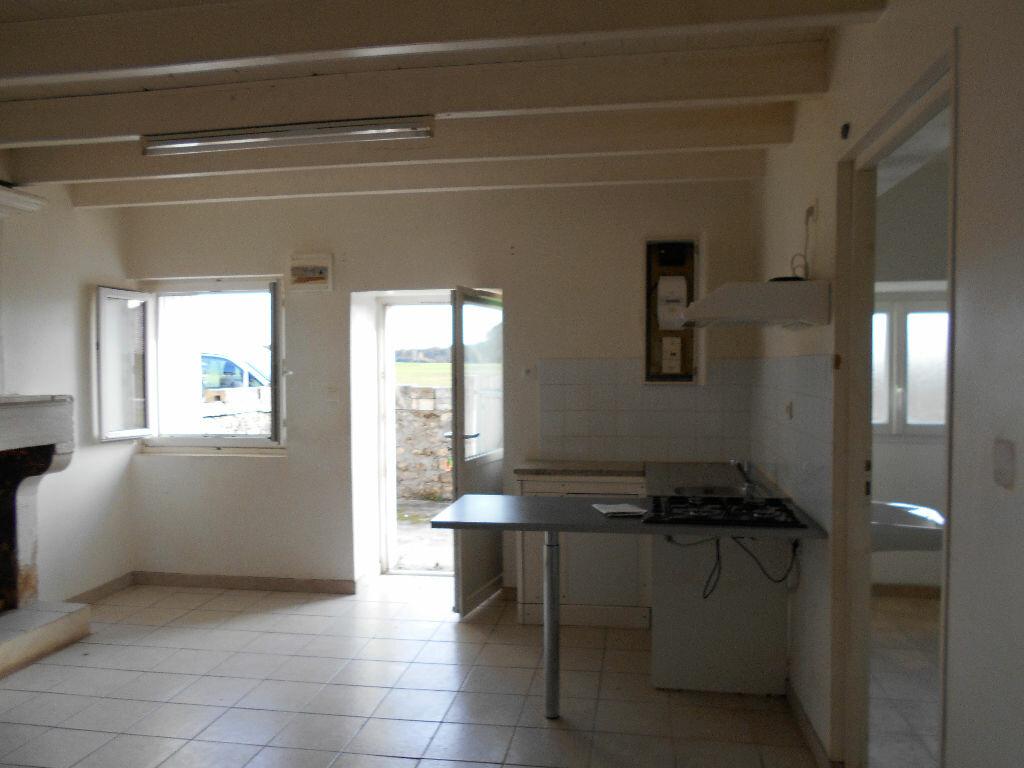 Maison à vendre 3 55m2 à Champdolent vignette-3