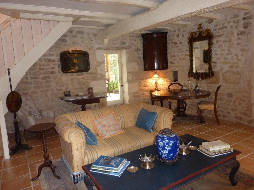 Maison à vendre 7 174m2 à Saint-Savinien vignette-3