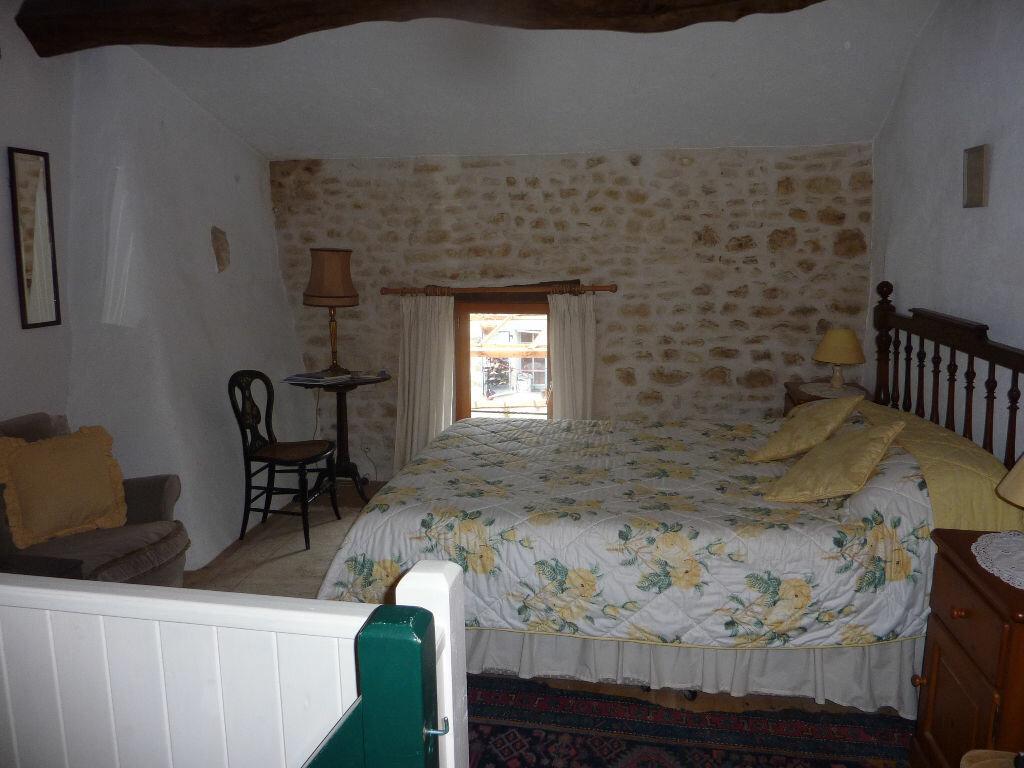 Maison à vendre 7 174m2 à Saint-Savinien vignette-10