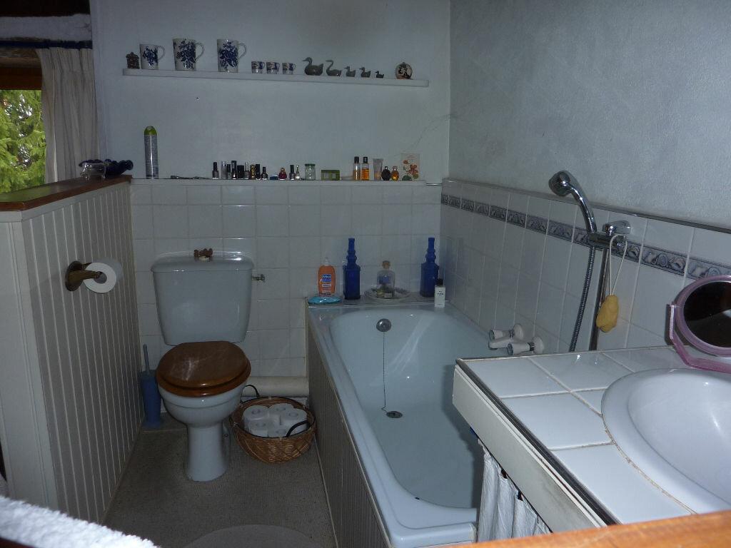 Maison à vendre 7 174m2 à Saint-Savinien vignette-12