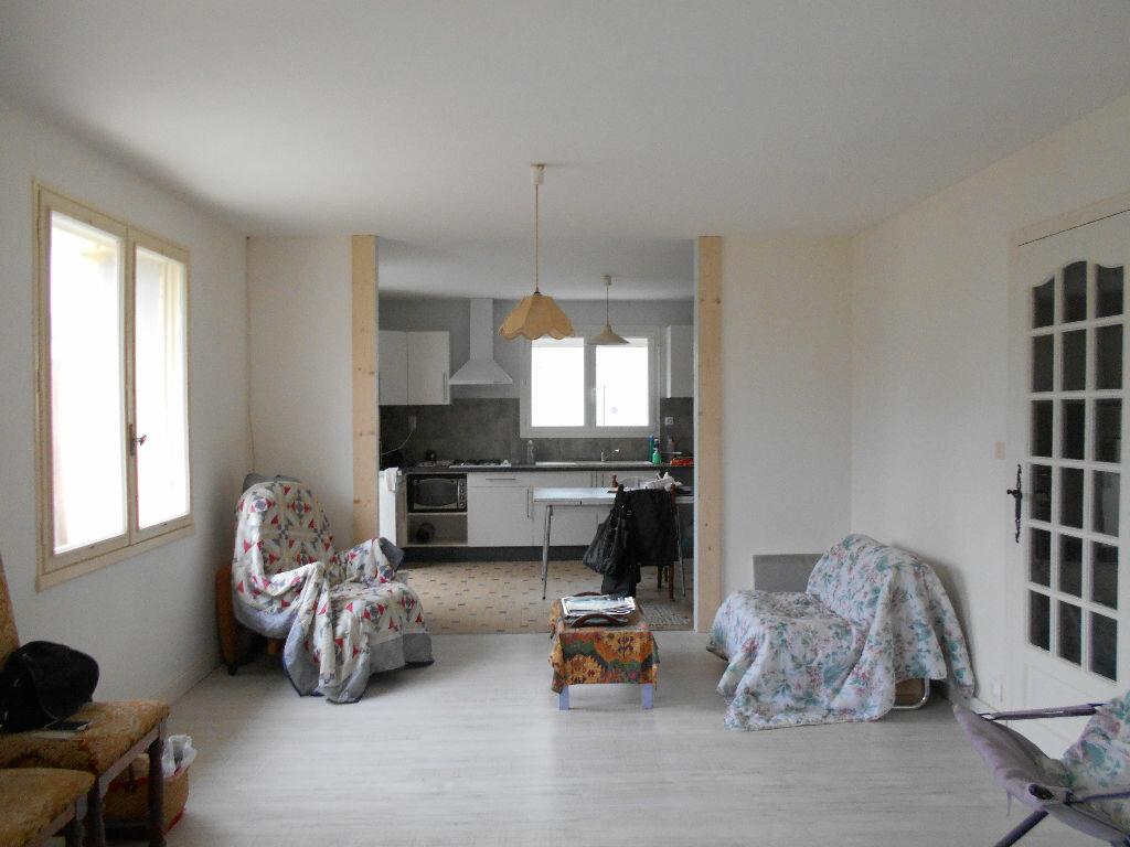 Maison à vendre 4 128m2 à Bords vignette-2