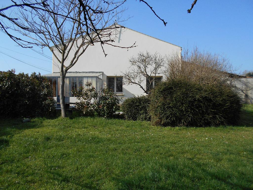 Maison à vendre 4 128m2 à Bords vignette-16