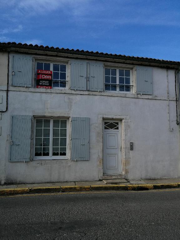 Appartement à louer 1 35m2 à Pont-l'Abbé-d'Arnoult vignette-1