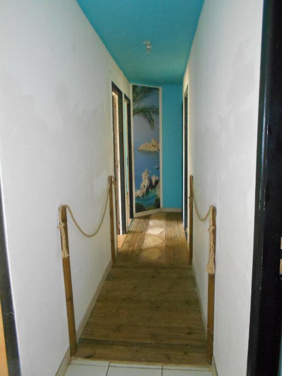 Maison à vendre 5 114m2 à Saint-Porchaire vignette-5