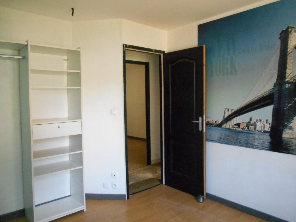 Maison à vendre 5 114m2 à Saint-Porchaire vignette-7