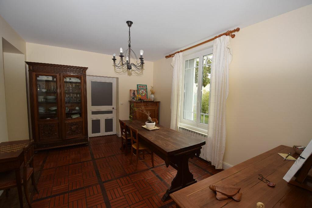 Maison à vendre 7 185.41m2 à Saint-Jean-d'Angle vignette-6