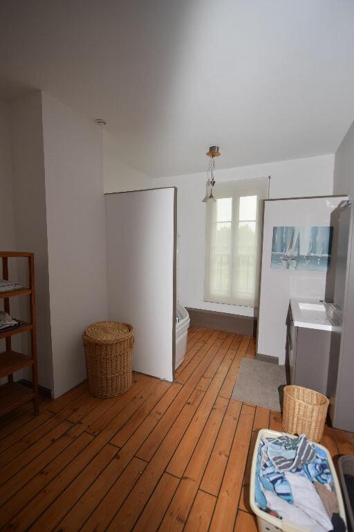Maison à vendre 7 185.41m2 à Saint-Jean-d'Angle vignette-13