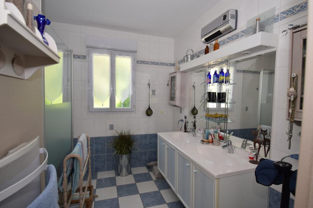 Maison à vendre 8 122m2 à Pont-l'Abbé-d'Arnoult vignette-10