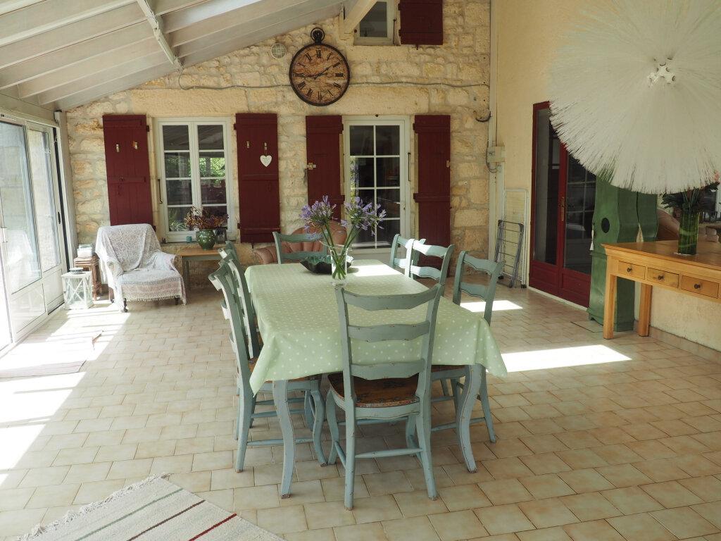 Maison à vendre 8 330m2 à Port-d'Envaux vignette-6
