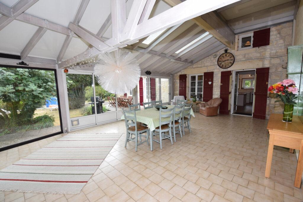 Maison à vendre 8 330m2 à Port-d'Envaux vignette-7