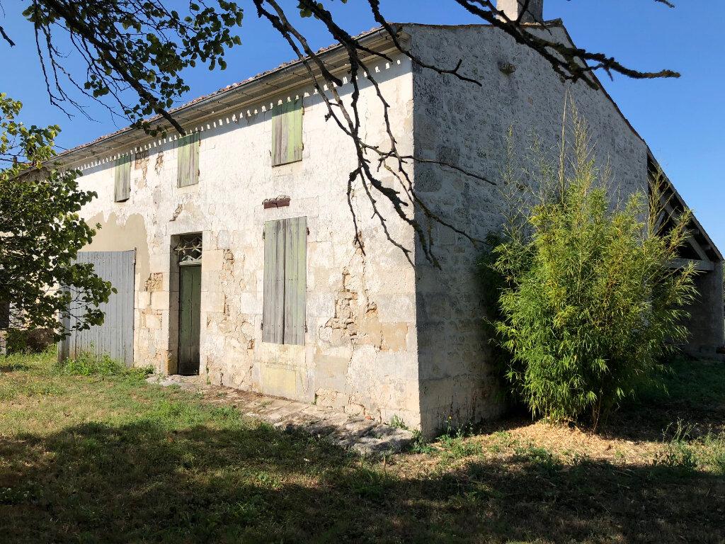 Maison à vendre 3 119m2 à Saint-Porchaire vignette-1