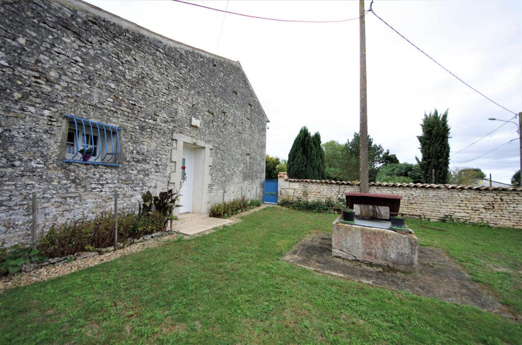 Maison à vendre 6 216m2 à Saintes vignette-5