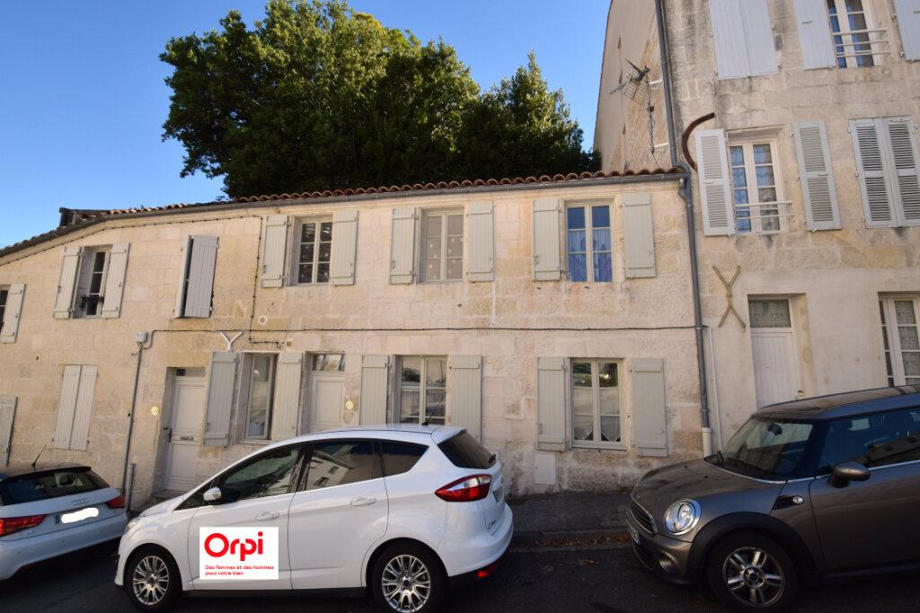 Maison à vendre 4 81m2 à Saintes vignette-1