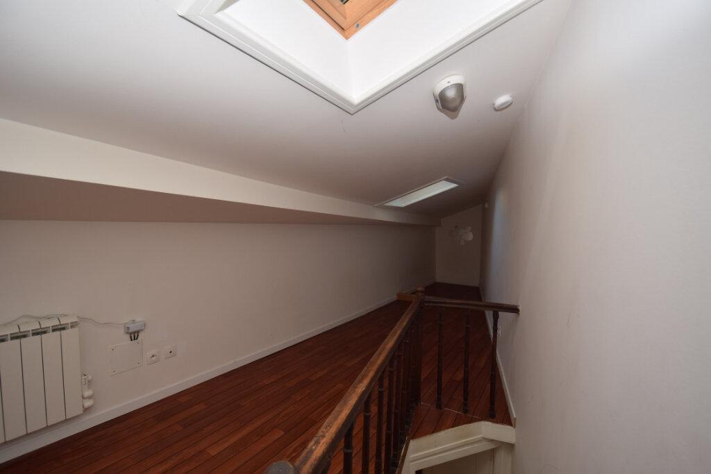 Maison à vendre 4 81m2 à Saintes vignette-8