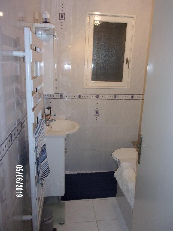 Maison à vendre 6 122m2 à Bussac-sur-Charente vignette-8