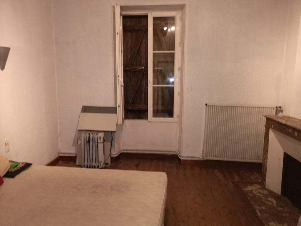 Maison à vendre 6 163m2 à Saint-Savinien vignette-6