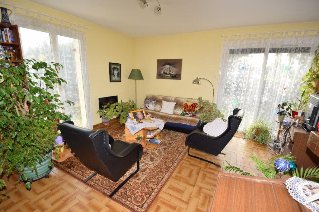 Maison à vendre 4 94m2 à Saint-Sulpice-d'Arnoult vignette-1
