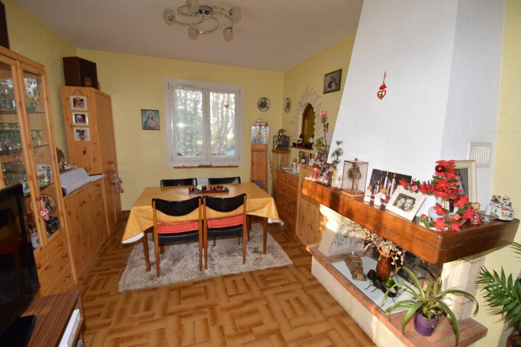 Maison à vendre 4 94m2 à Saint-Sulpice-d'Arnoult vignette-3
