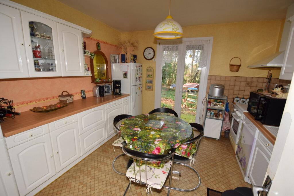 Maison à vendre 4 94m2 à Saint-Sulpice-d'Arnoult vignette-4