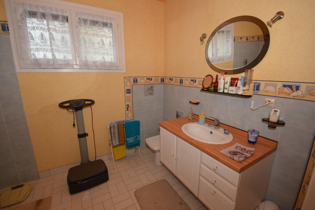 Maison à vendre 4 94m2 à Saint-Sulpice-d'Arnoult vignette-9