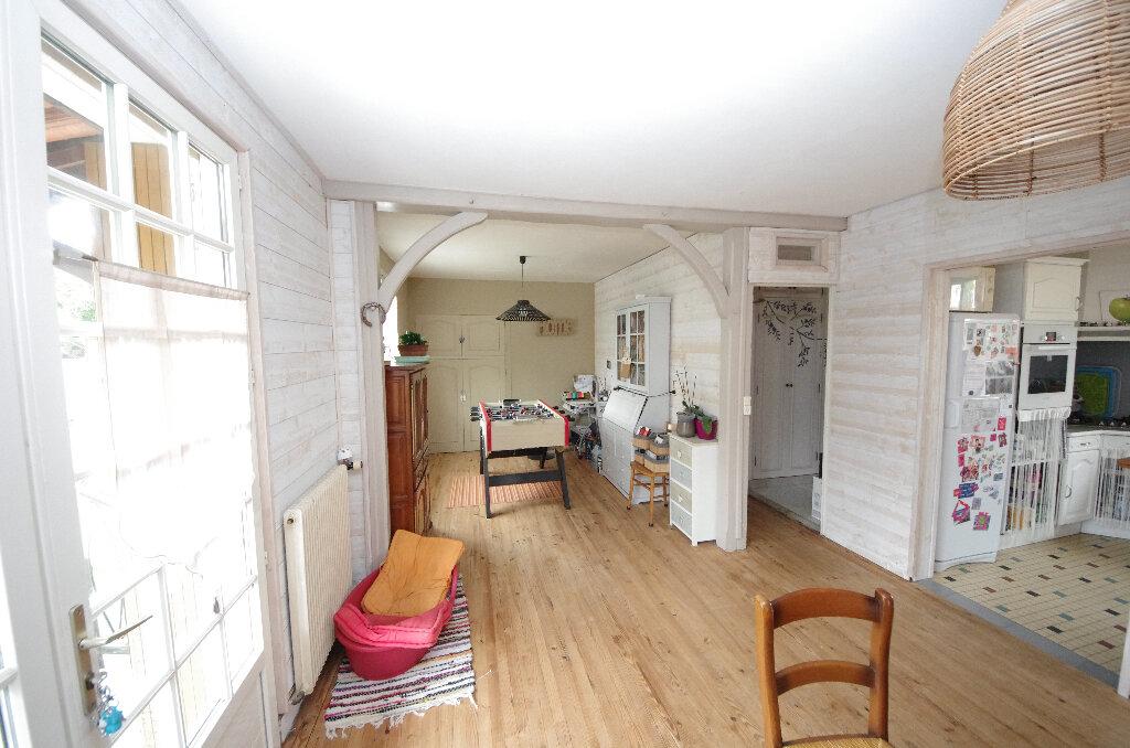 Maison à vendre 6 168m2 à Saint-Césaire vignette-2