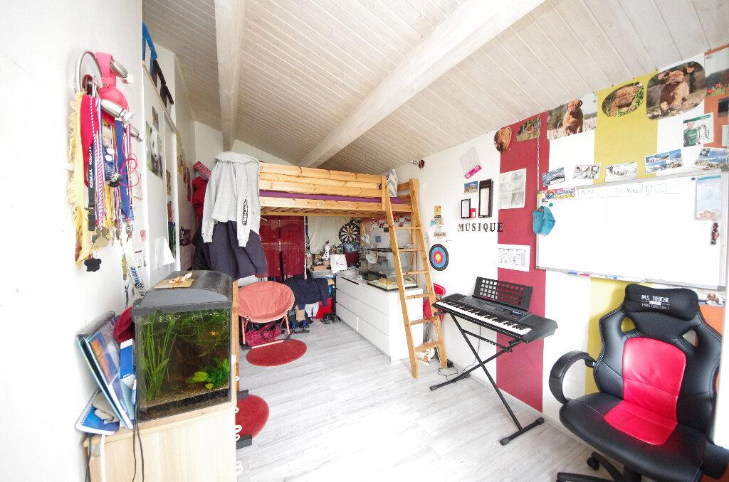 Maison à vendre 6 168m2 à Saint-Césaire vignette-8