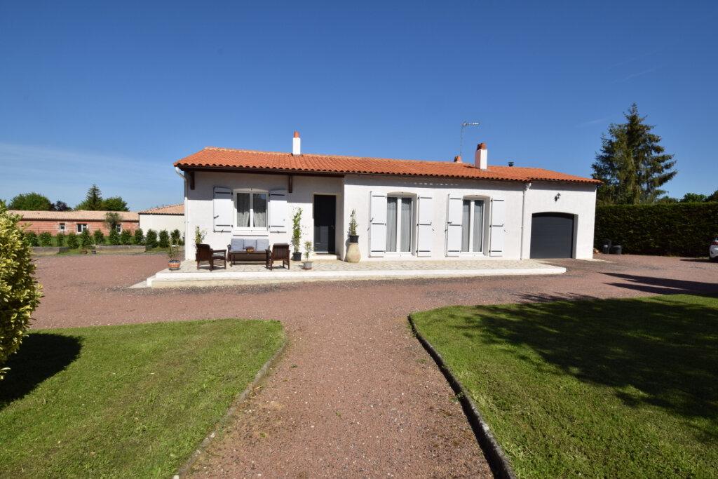 Maison à vendre 5 124m2 à Saint-Porchaire vignette-2