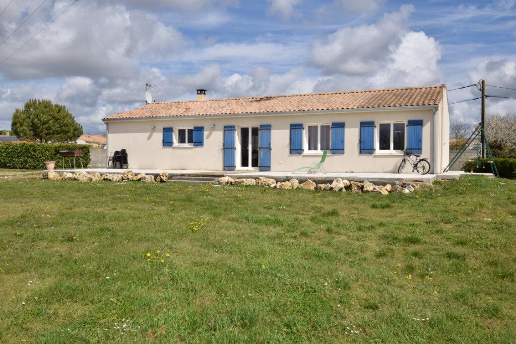 Maison à vendre 5 121m2 à Saint-Sulpice-d'Arnoult vignette-1