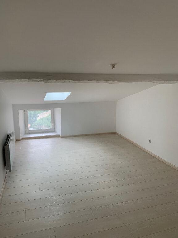 Maison à louer 6 135m2 à Saint-Savinien vignette-9
