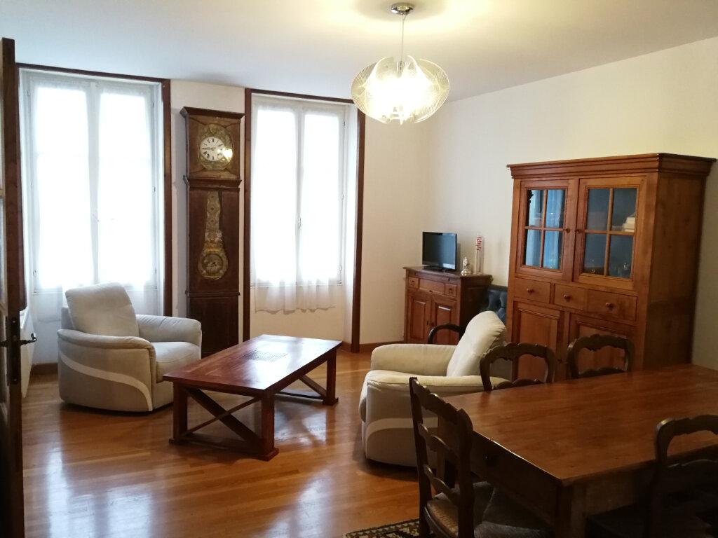 Maison à louer 3 93.21m2 à Corme-Royal vignette-5