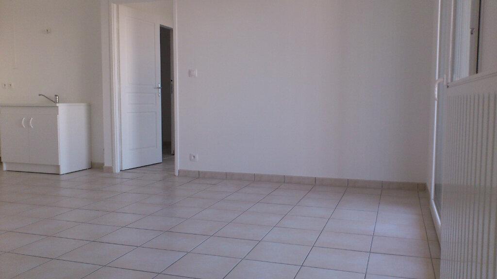 Appartement à louer 2 42.85m2 à Tours vignette-2