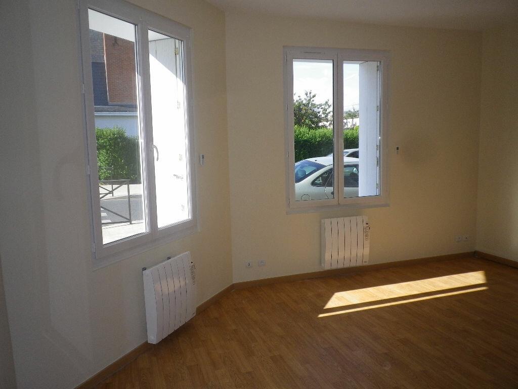 Appartement à louer 3 61m2 à Saint-Pierre-des-Corps vignette-1
