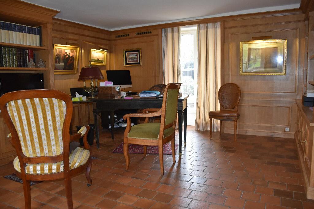 Maison à vendre 11 277.1m2 à Esvres vignette-4