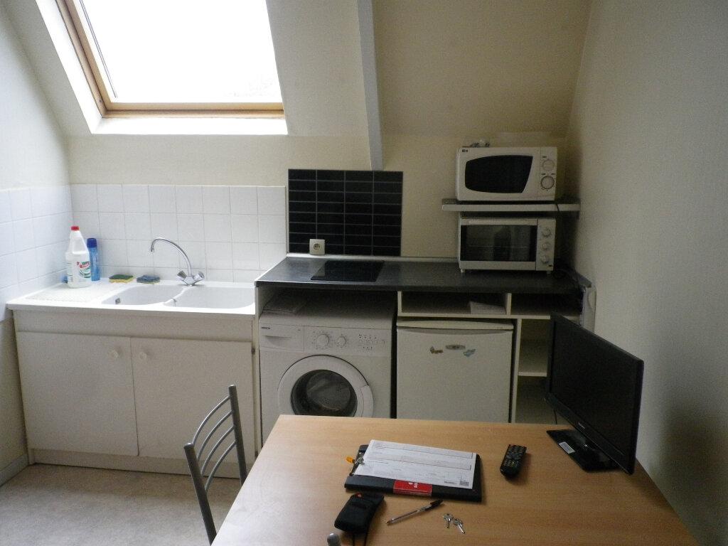 Appartement à louer 2 33m2 à Tours vignette-2