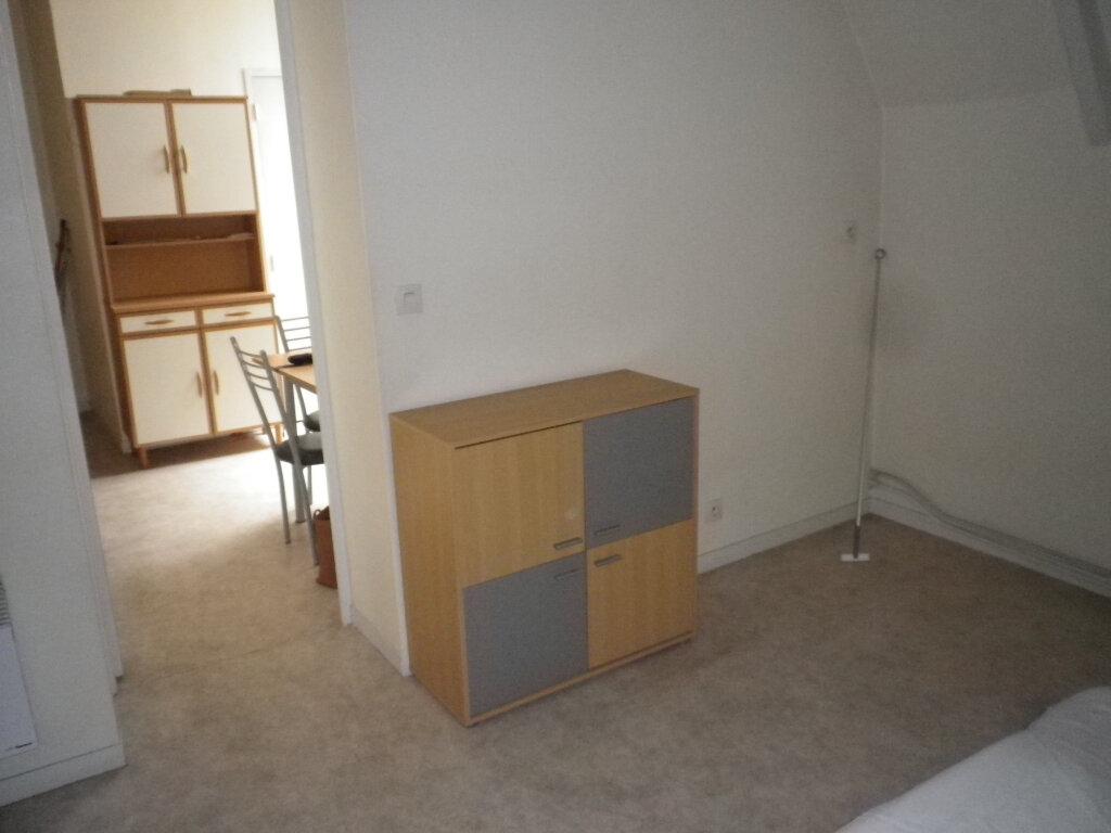 Appartement à louer 2 33m2 à Tours vignette-5
