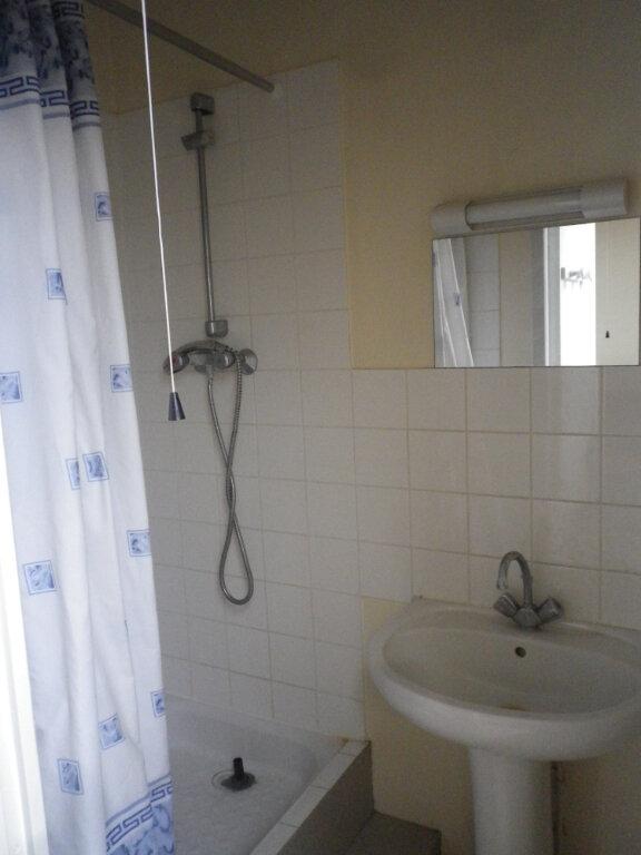 Appartement à louer 2 33m2 à Tours vignette-6