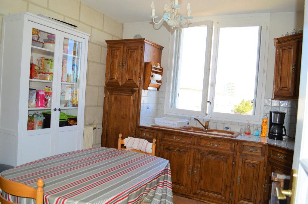 Appartement à vendre 3 67.55m2 à Saint-Pierre-des-Corps vignette-6