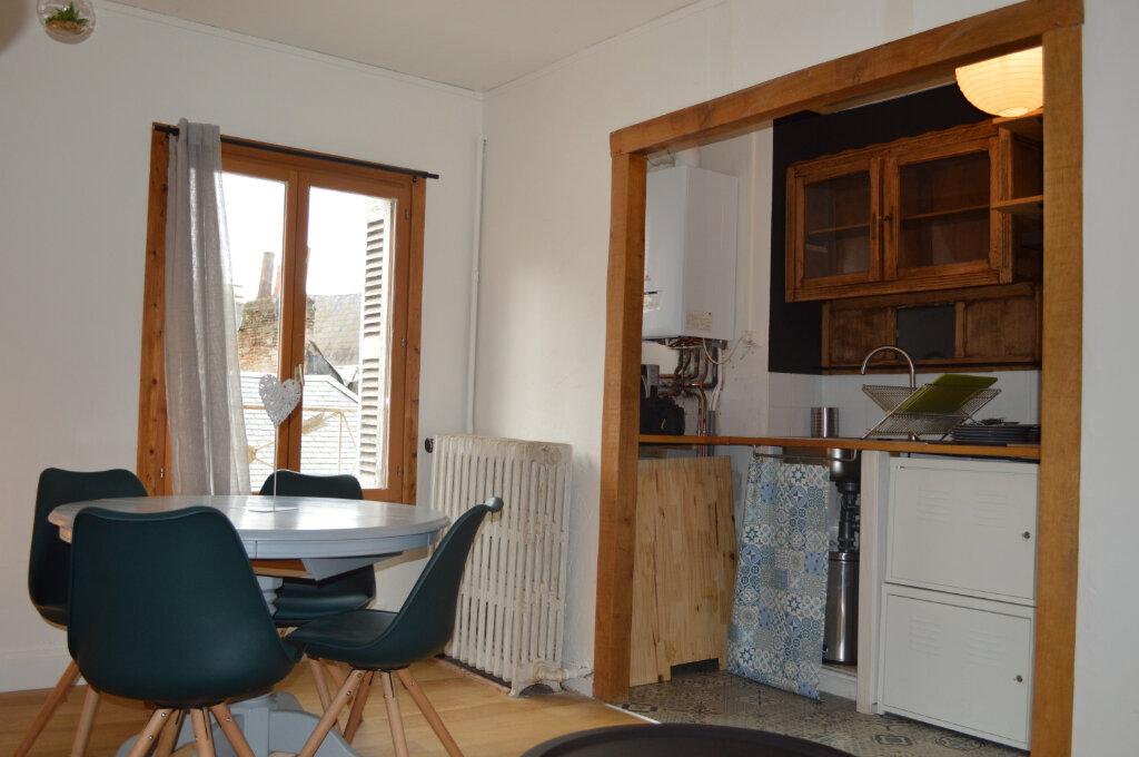 Appartement à louer 2 40.17m2 à Tours vignette-2