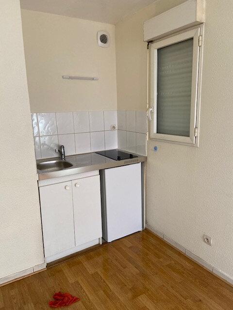 Appartement à louer 1 19m2 à La Riche vignette-1