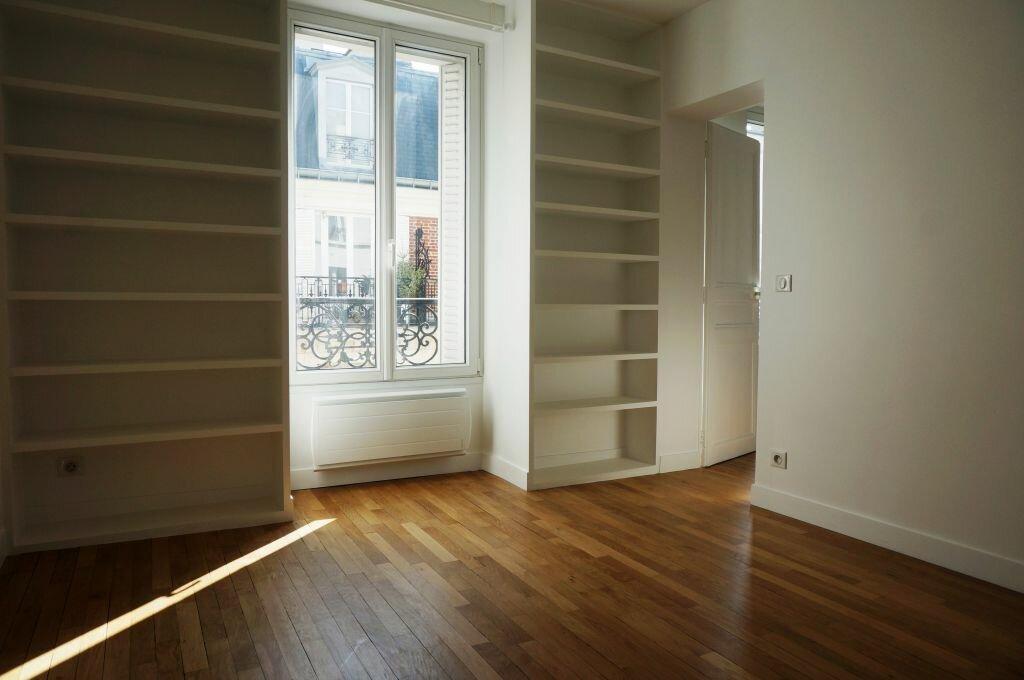 Appartement à louer 2 42.61m2 à Paris 7 vignette-6