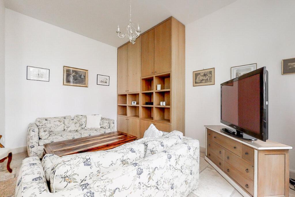 Appartement à louer 3 66.35m2 à Paris 7 vignette-3