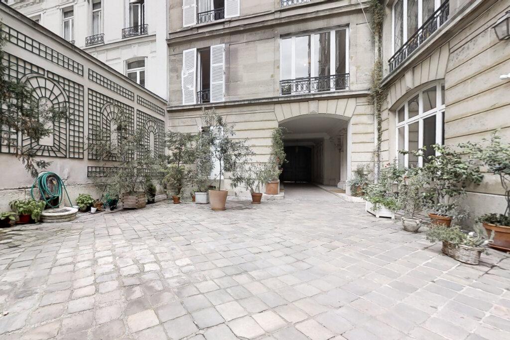 Appartement à louer 3 66.35m2 à Paris 7 vignette-12