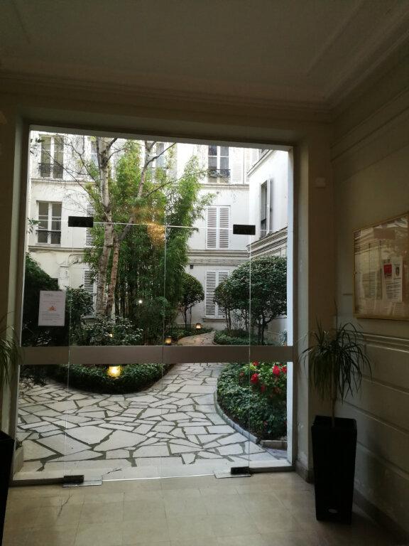 Appartement à louer 2 56.86m2 à Paris 7 vignette-2