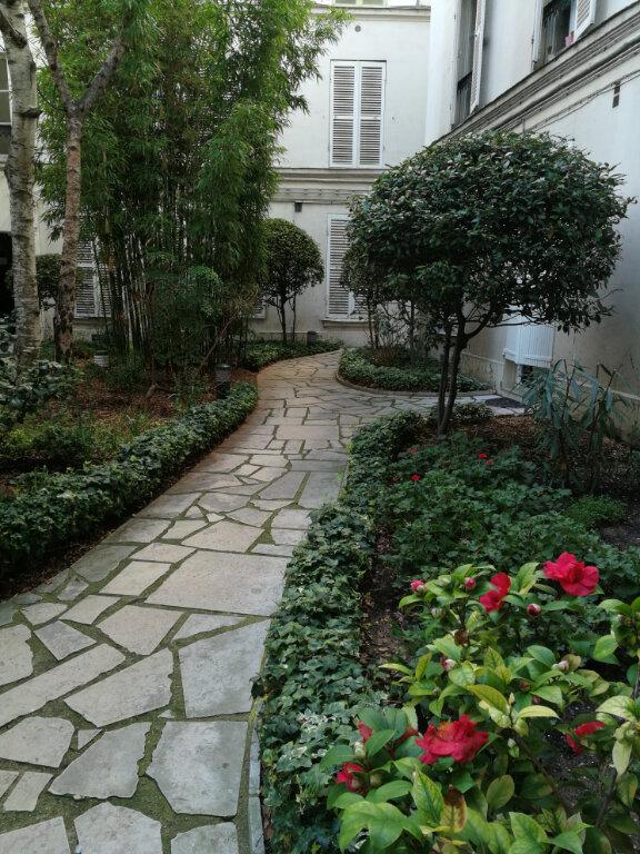 Appartement à louer 2 56.86m2 à Paris 7 vignette-3