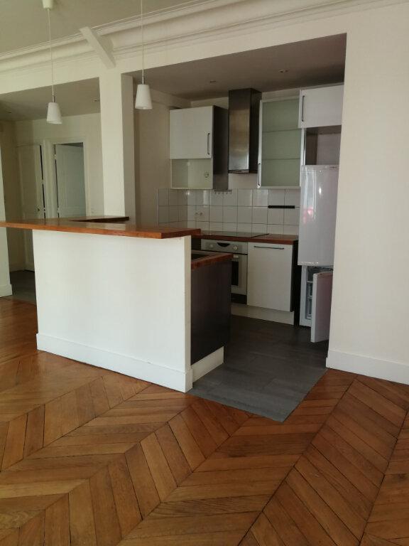 Appartement à louer 2 56.86m2 à Paris 7 vignette-6