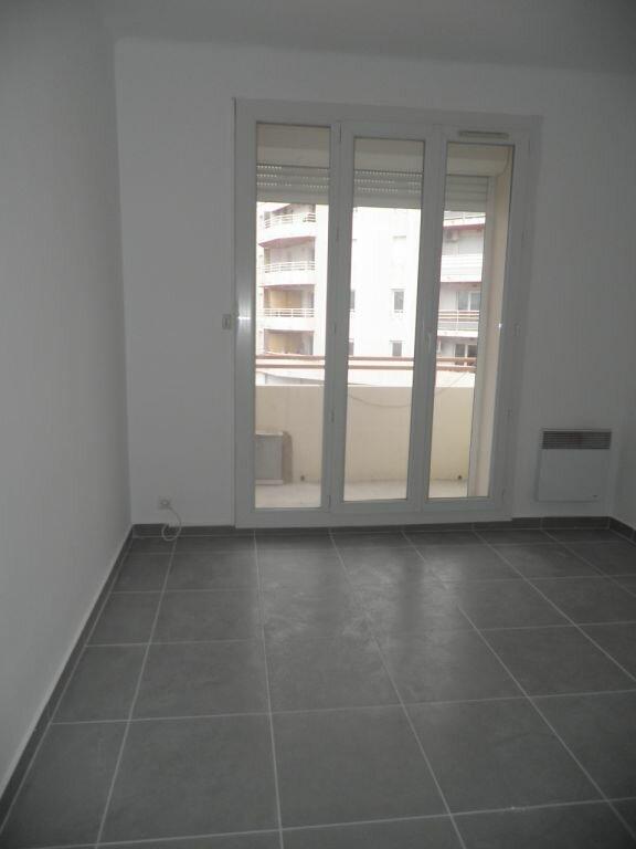 Appartement à louer 4 66.92m2 à La Seyne-sur-Mer vignette-11